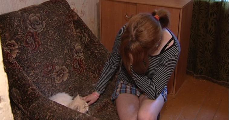 Видео женщину связали на полу скотчем фото 655-938