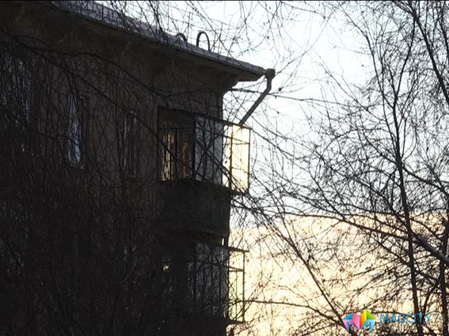 Двухлетний сын запер маму на балконе - новости - magcity74.r.